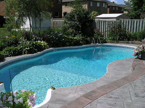 6 Things You Should Know About Pool Fencing